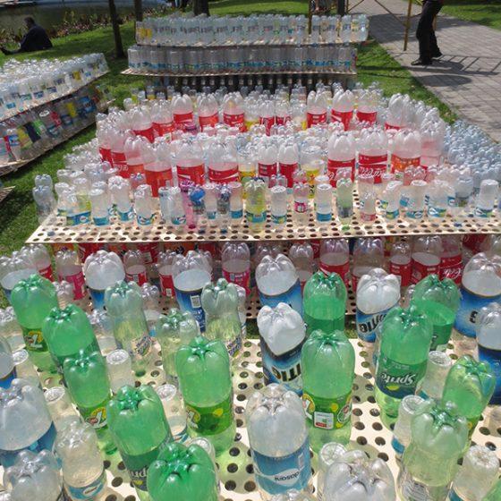 detalle panel botellas