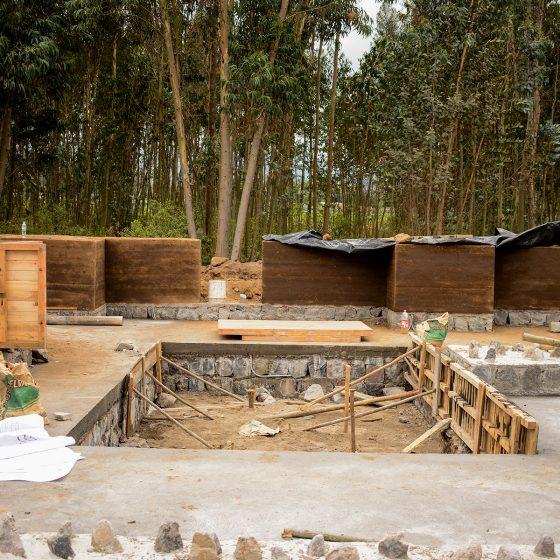 construcción primera fila de tapial