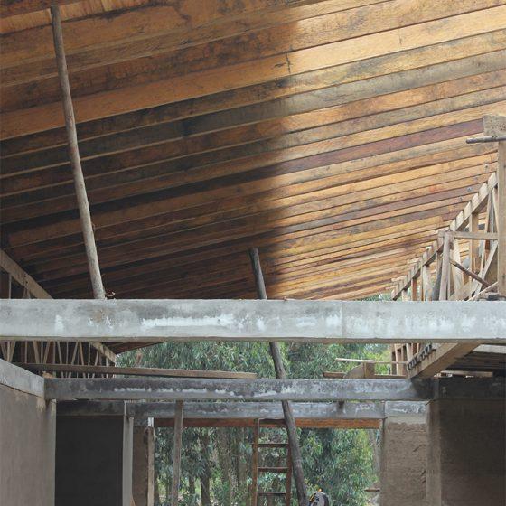 construcción de estructura de cubierta