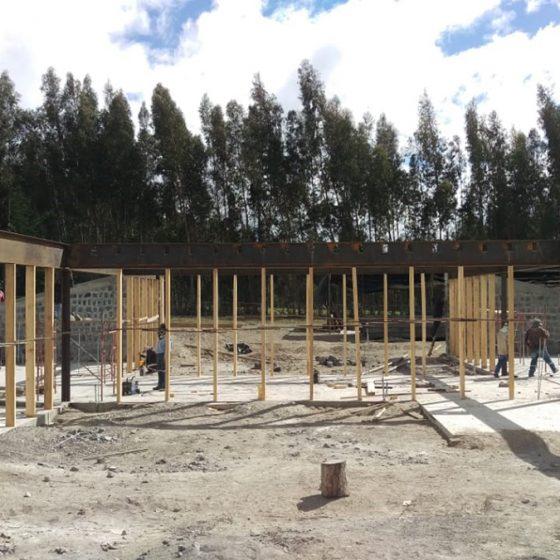 instalación de columnas de madera